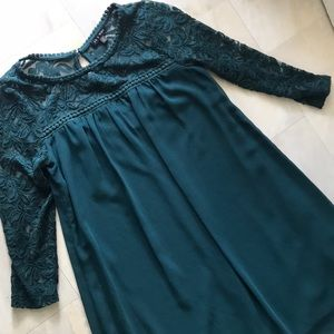 Emerald green lace 3/4 sleeve dress